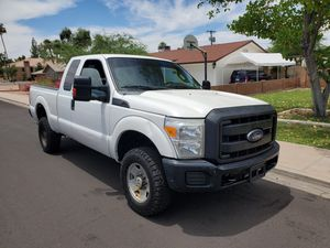 2015 Ford F350 super duty super cab 4 wheel drive Clean title one owner $9900 6.2 l V8 gas clean title for Sale in Mesa, AZ