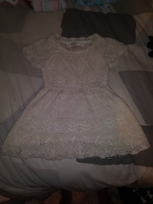 18 mo. White/Gold dress for Sale in Carson, CA
