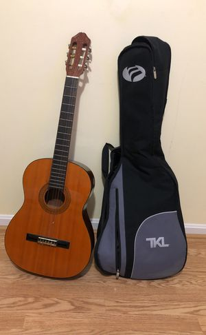Guitar for Sale in Gaithersburg, MD