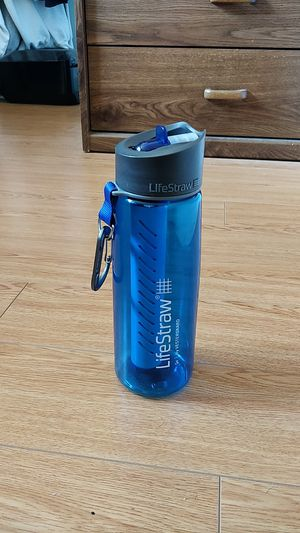 Lifestraw 650 mL Water Bottle for Filtered Water on Hikes for Sale in Seattle, WA