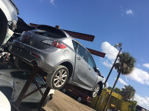 2010 Mazda 3 for parts for Sale in Opa-locka, FL