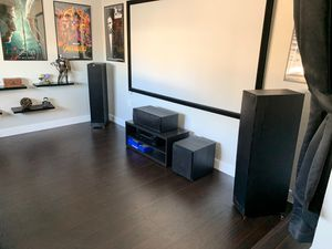 New klipsch reference home theatre speaker system with onkyo reciver for Sale in Las Vegas, NV