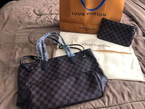 Neverfull MM for Sale in Elk Grove Village, IL