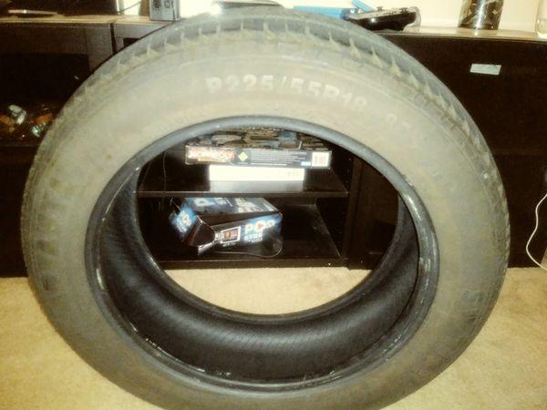 Advanta P225/55R18 tire size