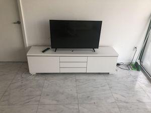 White TV Stand for Sale in Miami, FL