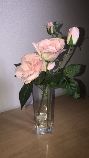 Beautiful Flower Vase for Sale in Clovis, CA