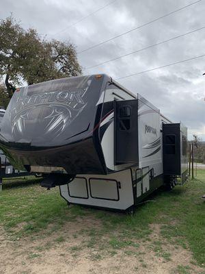 2015 Raptor Toy Hauler 415RP for Sale in Canyon Lake, TX