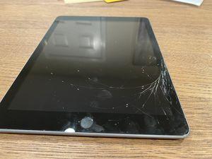 iPad 6th Generation 32GB for Sale in Fairfax, VA