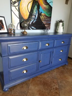 Beautiful Rustic Farmhouse Dresser/Credenza/ TV Stand/ Entryway Table for Sale in Apache Junction, AZ