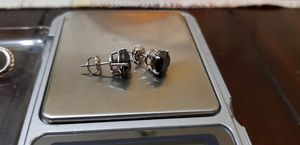 14k white gold and black diamond earrings 14kt 14 karat oro for Sale in Waukegan, IL