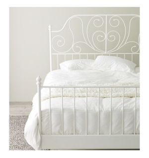 Queen bed frame for Sale in Chula Vista, CA