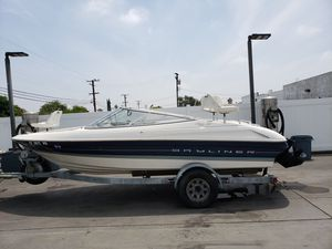 1997 19 Ft Bayliner Capri for Sale in Rancho Cucamonga, CA