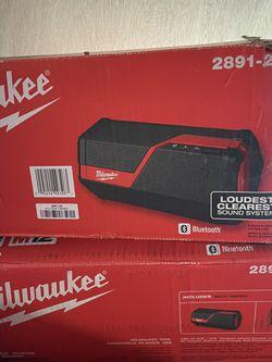 Milwaukee M12 M18 Speaker 2891-20 for Sale in Marysville,  WA