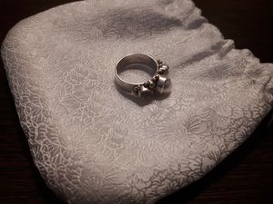 Silver ring with Perl and rough cut diamonds for Sale in El Paso, TX