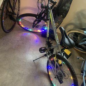 """24"""" Mountain Bike Whit Lights $120 for Sale in Turlock, CA"""