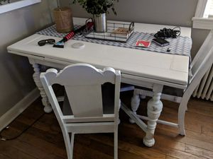 Free dining table and 2 chairs for Sale in Arlington, VA