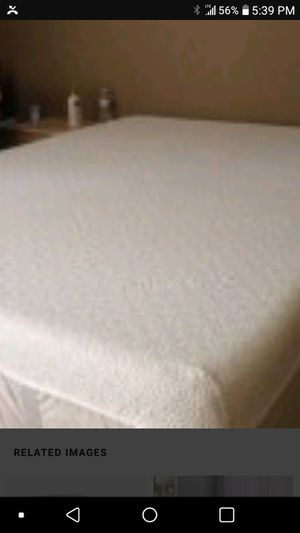 Queen size tempurpedic set for Sale in Peoria Heights, IL