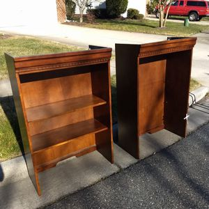 CURB ALERT - FREE BOOKCASES! for Sale in Chesapeake, VA