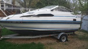 Bayliner cabin boat for Sale in Randallstown, MD