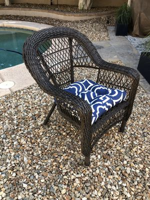 ONE oversized wicker chair patio chair for Sale in Gilbert, AZ
