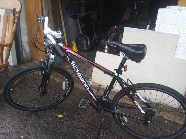 2012 schwinn or2 like new with pull behind Kik cart 175