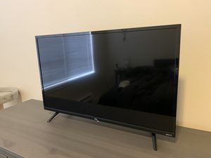 """32"""" TCL ROKU Smart TV for Sale in Tacoma, WA"""