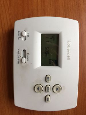 Honeywell Thermostats-Works for Sale in Denver, CO