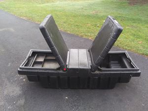 Small truck tool box no key 50 ins wide and 24 ins front to back and 17 1/2 ins high for Sale in Lake Stevens, WA