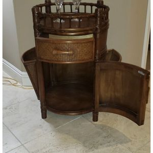 Very well-made high end Round bar table side table 29 tall 19 wide for Sale in San Diego, CA