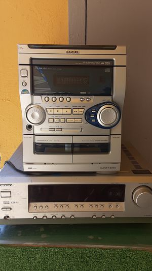 ONKYO receiver n Aiwa cd player for Sale in San Diego, CA