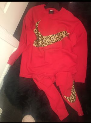 Women's red and leopard Nike swoosh outfit for Sale in Ashburn, VA