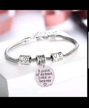 Charm bracelets for Sale in Detroit, MI