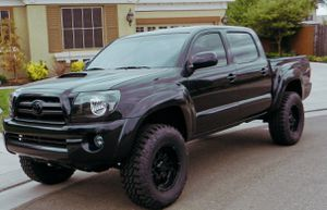 Amazing Reduced Price 2007 Toyota Tacoma 4WD for Sale in Newark, NJ