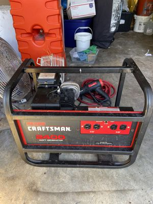 Craftsman 2400 Generator Briggs & Stratton 5HP for Sale in Pinecrest, FL