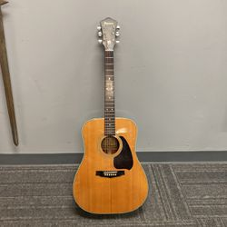 Ibanez z320 Acoustic Guitar for Sale in Springfield,  PA