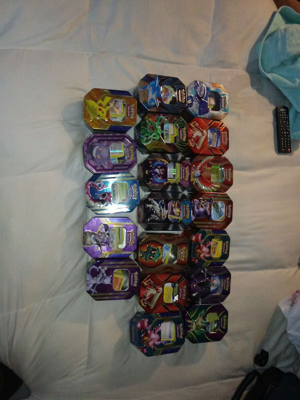 20 pokemon card tins stacked with cards (+3000cards)