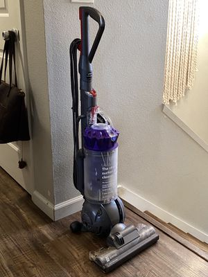Dyson Animal Vacuum for Sale in Tigard, OR