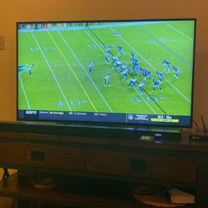 Smart Vizio TV 55 inch , Good Condition . Access Netflix , Prime Video , Vudo And Xumo for Sale in Coppell, TX