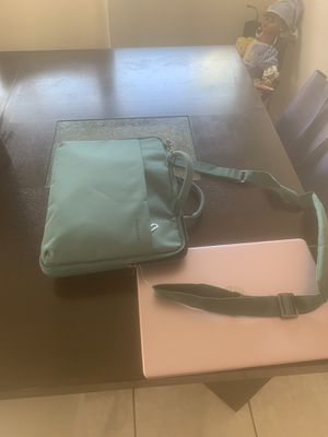 Laptop and case for Sale in Palmetto Bay, FL