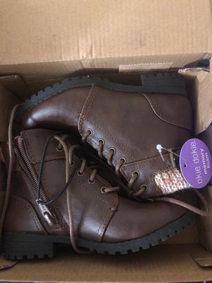 Girls boots size 10 for Sale in New Britain, CT