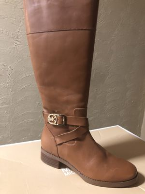 Michael Kors Luggage color boots. for Sale in Bristol, PA