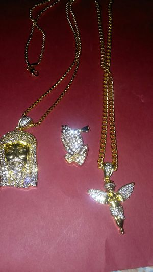 2 chains 24. 26in 3 pendants gold filled stainless steel 25.00 for Sale in Lancaster, PA