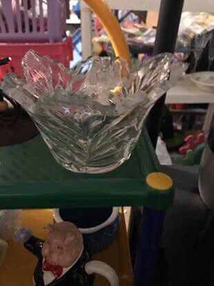 Pretty Cut Scalloped Heavy Glass Bowl $5 - Walgreens Oakland Canada rd wolfchase Kirby