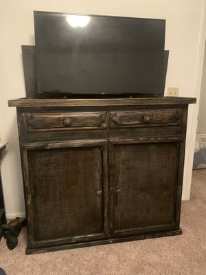 Television lift cabinet for Sale in Fresno, CA