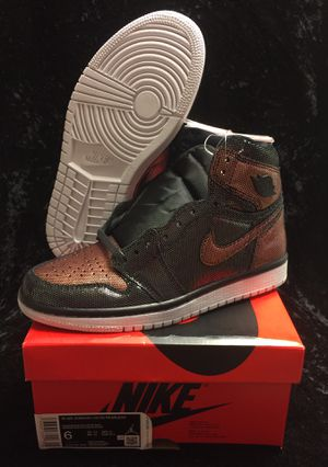 AIR JORDAN 1'S SIZE WOMANS 6 $90 FIRM for Sale in Poinciana, FL
