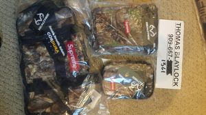Supreme real tree camo bags should waist small zip wallet for Sale in Upland, CA