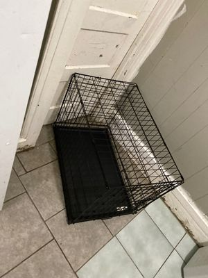 Nice size dog cage good condition for Sale in Palmyra, NJ