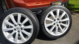 """4 Kumho 17"""" with rim 5 whole for Lexus. Tread is still really good. for Sale in Mill Creek, WA"""