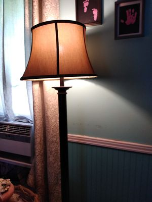Floor lamp for Sale in Pevely, MO