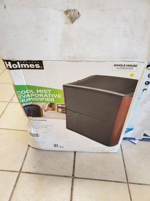 Holmes 4.75-Gallon Console Evaporative Humidifier Hd3120dcn for Sale in Detroit, MI